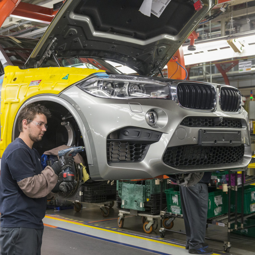 Bmw Expands Apprenticeship Program