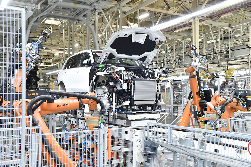 BMW X7 manufacturing process