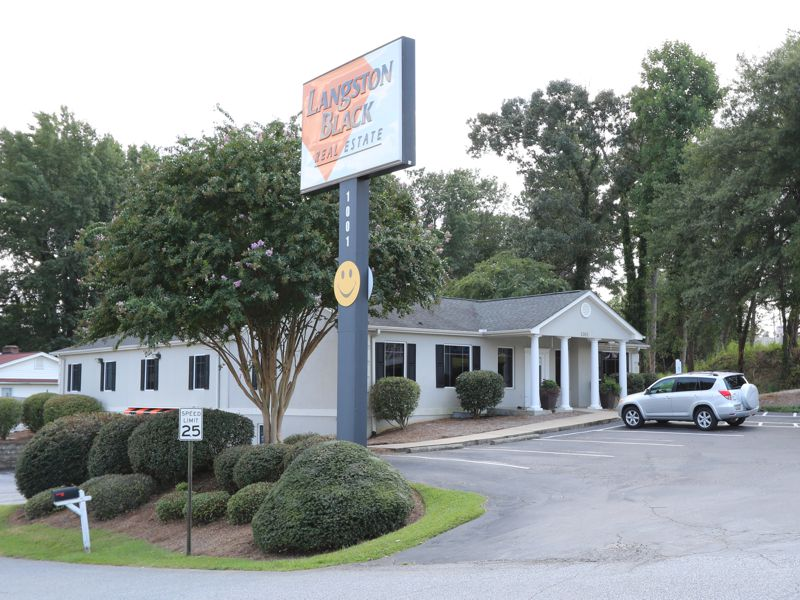 1001 West Wade Hampton Boulevard, ,Commercial,For Lease,West Wade Hampton Boulevard,1192