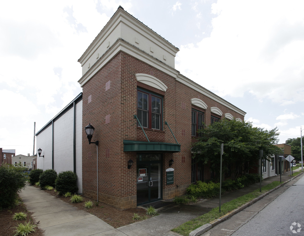 111 South Main Street, ,Commercial,For Lease,South Main Street,1,1194