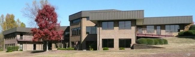 2340 Hwy 101 S Greer, SC office for sale